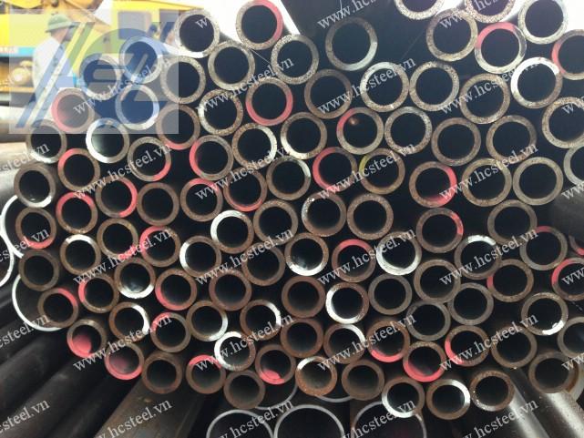 ống thép đúc 32 x 4mm x 6m